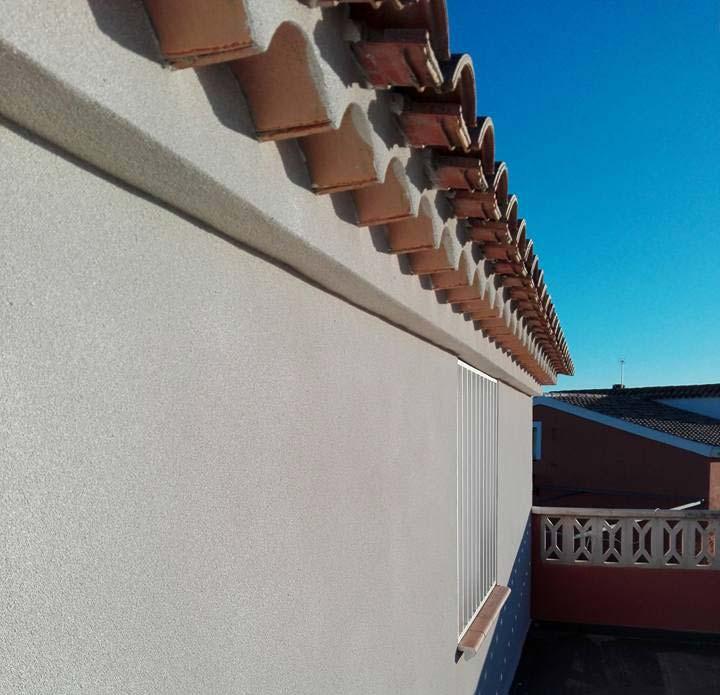 Corcho proyectado para fachadas | Aislamientos Albacork Albacete, Alicante, Cuenca y Murcia